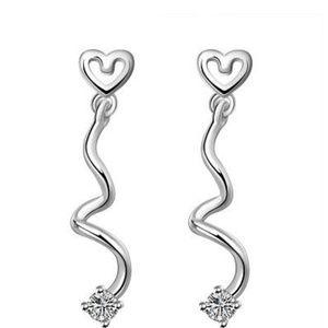 Jewelry - Twisted Heart Earrings